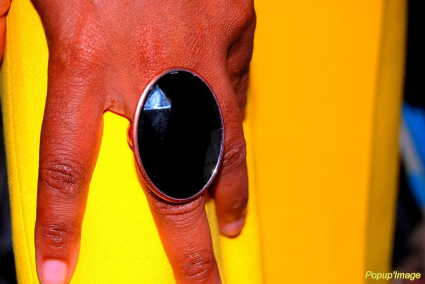 bague ovale fausse pierre H&M